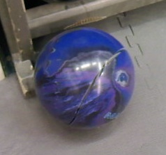 cracked-reactive-bowling-ball